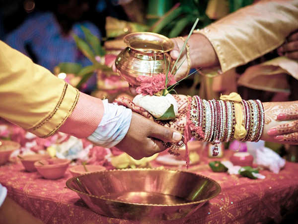 newly weds to get condoms as shagun from up govt