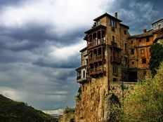 the hanging houses of cuenca