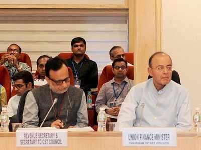 जीएसटी काउंसिल की 20वीं बैठक में हसमुख अधिया और अरुण जेटली।