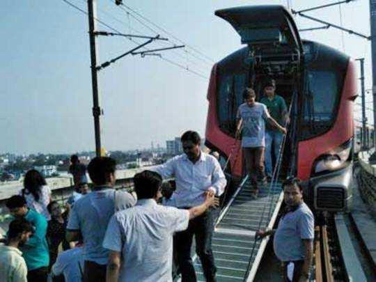 Lakhanow-metro