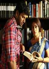 vishal new tamil movie thupparivaalan review