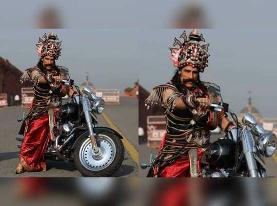 ഹെൽമെറ്റില്ലാതെ പറന്ന രാവണന് പിഴ 100 രൂപ!!!