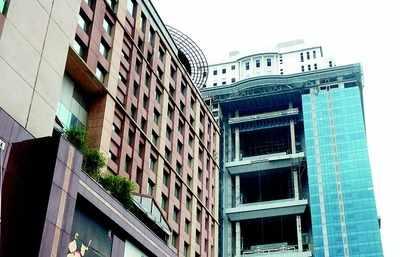 Vijay Mallya`s expensive pent house on King fisher towers