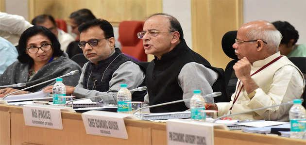 सरकार ने 27 चीजों पर GST घटाया, छोटे कारोबारियों और उपभोक्ताओं को राहत