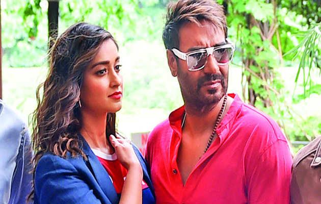 इलियाना ने बताया अजय देवगन के साथ काम करने का अनुभव