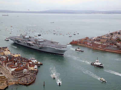 ब्रिटेन का नया एयरक्राफ्ट कैरियर है HMS क्वीन एलिजाबेथ