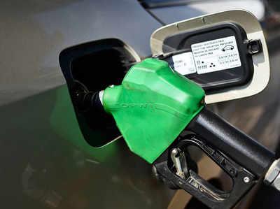 पेट्रोल और डीजल में वैट कम