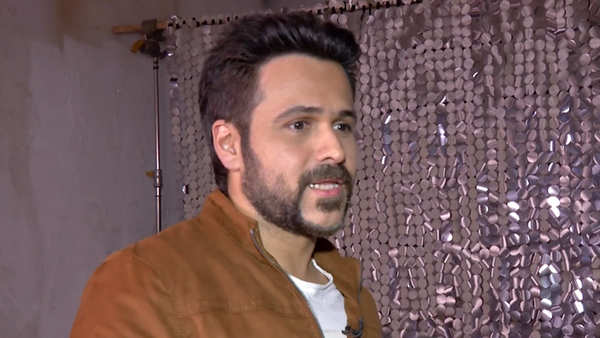dont like to attend filmy parties emraan hashmi