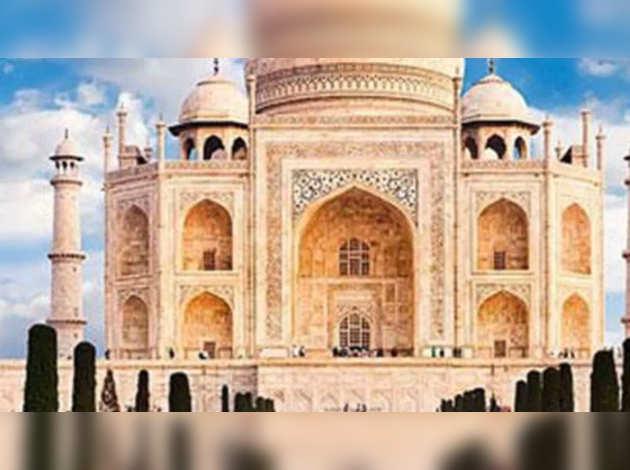 'मुगल जेब में लेकर नहीं आए थे ताज, जो हाथ कटे थे वे हमारे थे'