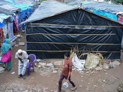 बांग्लादेशियों को खदेड़ने की कवायद को लगा ब्रेक