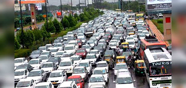 दिल्ली: NGT ने शर्तों के साथ ऑड-ईवन को दी मंजूरी