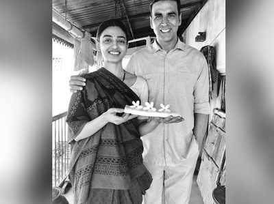 राधिका आप्टे के साथ अक्षय कुमार
