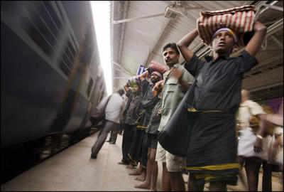 sabarimala-festival-train1