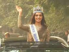 miss world manushi chhillars homecoming parade in delhi
