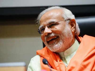 गुजरात में 'साहेब' हैं पीएम मोदी, 'काका', 'दादा' भी मौजूद