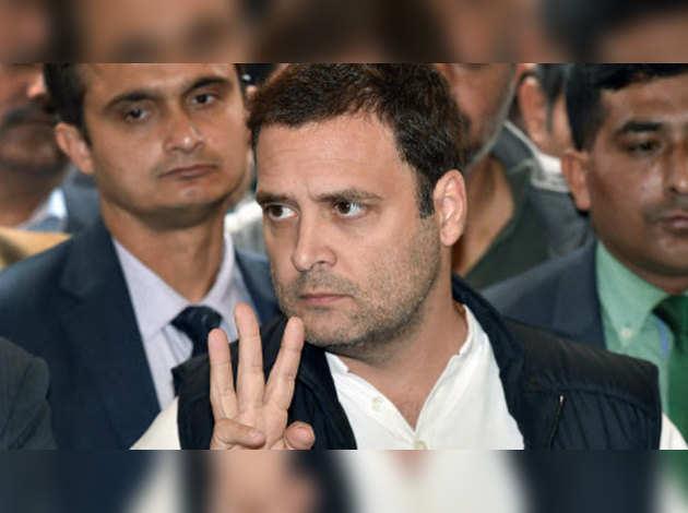 गुजरात-हिमाचल में कांग्रेस की हार के बाद 'स्टार वॉर्स' देखने गए राहुल गांधी