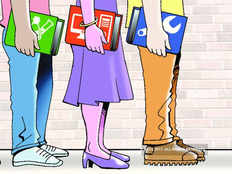 countrys organised sector created 4 lakh jobs in 2016 17