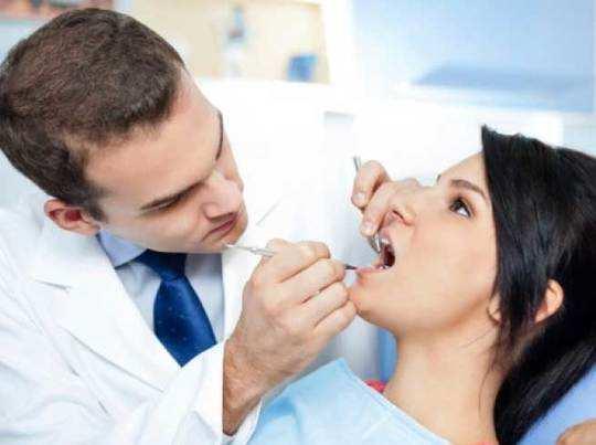 दांतों से स्टंटबाजी बिगाड़ देगी बत्तीसी