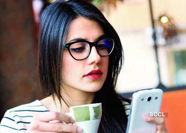 फोन बजने का भ्रम- फैंटम रिंगिंग सिंड्रोम