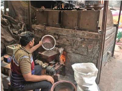 धारावी में धुआं-मुक्त चिमनी