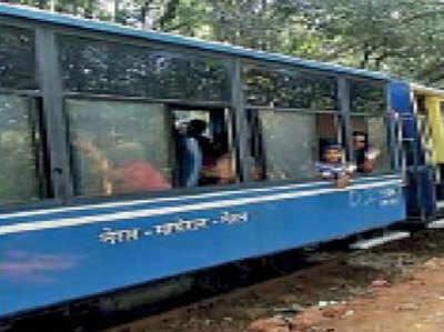 मुंबई में टॉय ट्रेन चलने की तैयारी