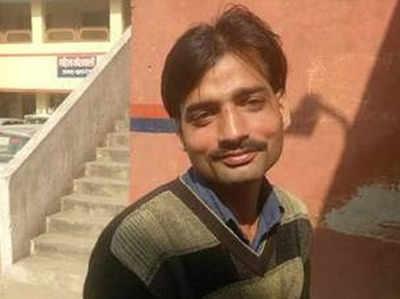 कासगंज: हिंसा में 'मृत' राहुल उपाध्याय जिंदा है
