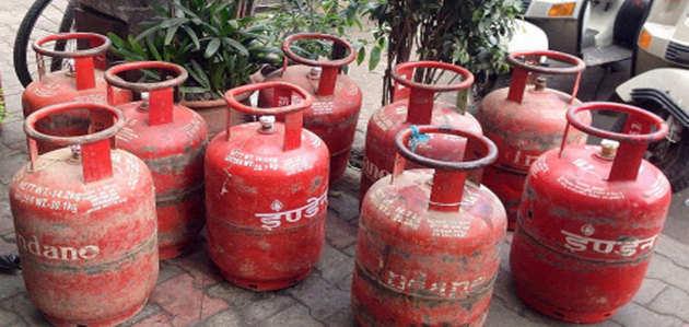 देश में 8 करोड़ गरीब महिलाओं को दिया जाएगा फ्री LPG कनेक्शन: जेटली
