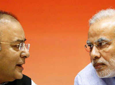 वित्त मंत्री अरुण जेटली और पीएम नरेंद्र मोदी (फाइल फोटो)