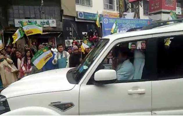 गोरखा आंदोलन के 8 महीने बाद ममता बनर्जी दौरे पर पहुंची दार्जिलिंग