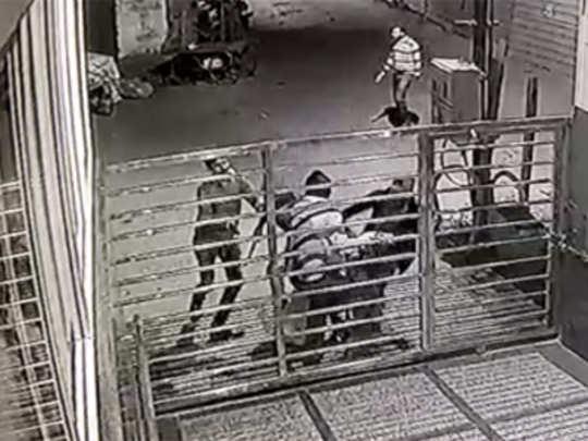 mumbai-man-robbed