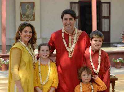 परिवार के साथ कनाडा के पीएम जस्टिन ट्रूडो