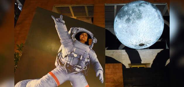 देखें, जब दिल्ली की जमीन पर उतर आया 'चांद'