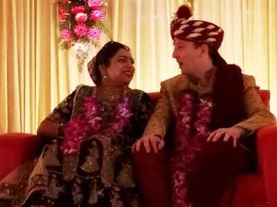 दूल्हे को पसंद आई भारतीय संस्कृति, यूरोप से हरदोई आई बारात