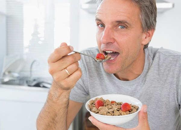 सुबह का नाश्ता न करना