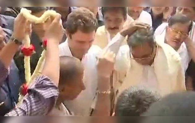 कर्नाटक चुनाव : जारी है राहुल गांधी का 'टेंपल रन'