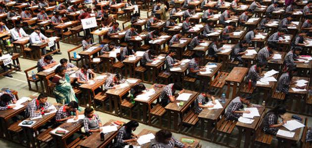CBSE: 12वीं का अर्थशास्त्र और 10वीं गणित की परीक्षा होगी दोबारा
