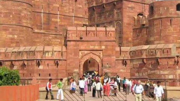 agra places to visit other than taj mahal