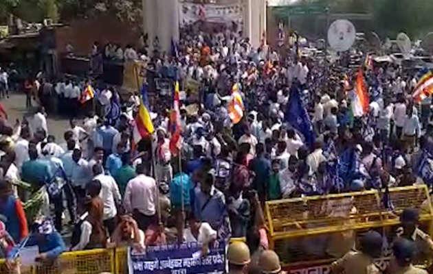 भारत बंद: आरक्षण खत्म किए जाने की अफवाह ने आग में डाला घी?