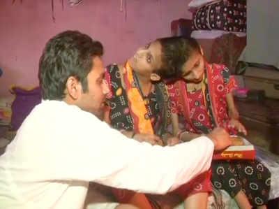 सलमान खान की राखी बहनें 'सबा और फरहा'