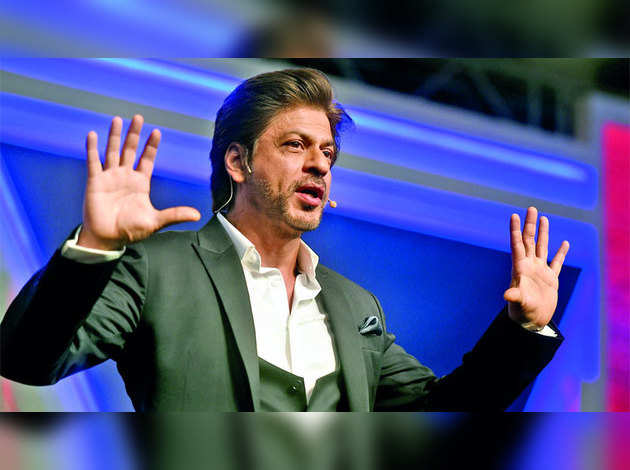शाहरुख़ खान कर सकते हैं नए टीवी शो की एंकरिंग