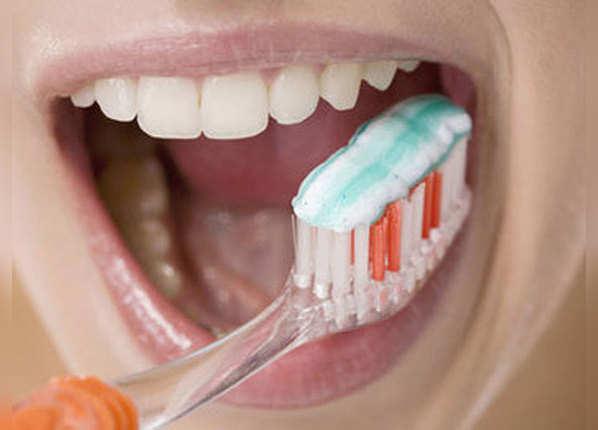 बंद करके ना रखें टूथब्रश