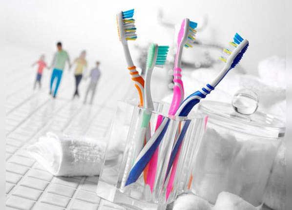 टूथब्रश को भी सेहतमंद रखना जरूरी है