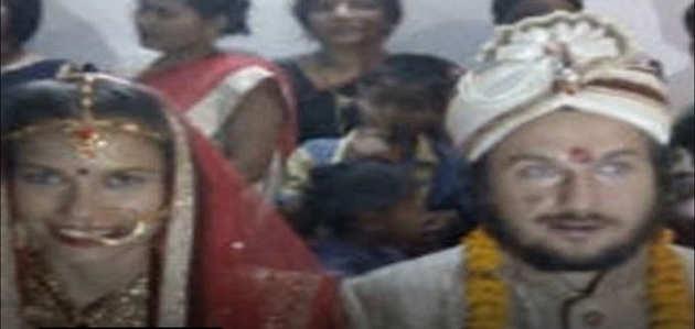 रशियन जोड़े ने हिंदू रीति-रिवाज से काशी में रचाई शादी