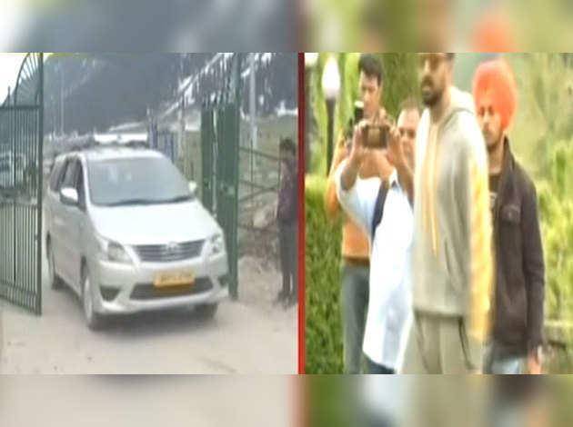 'मनमर्ज़ियाँ'की टीम पर जम्मू-कश्मीर में नियमों की अनदेखी का आरोप