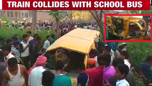 train hits school van at unmanned railway crossing in kushinagar 13 children killed