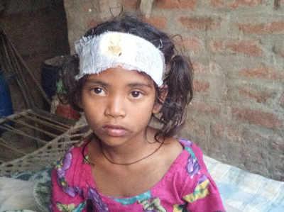 बलरामपुर: मस्जिद की मीनार गिरने से मां-बेटे की मौत, दो मासूम घायल