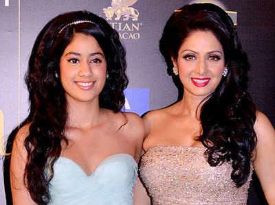 बेटी जाह्मवी के साथ श्रीदेवी