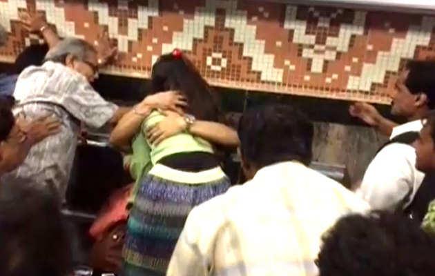 कोलकाता:मेट्रो में गले लगने पर जोड़े की पिटाई