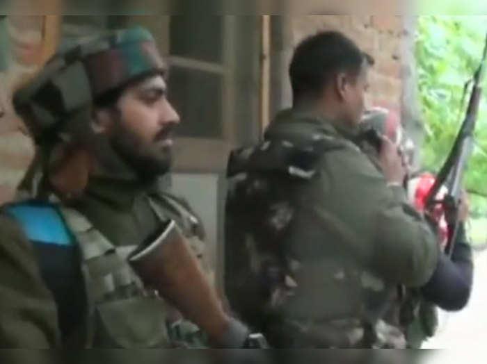 बडगाम में तैनात सुरक्षाकर्मी
