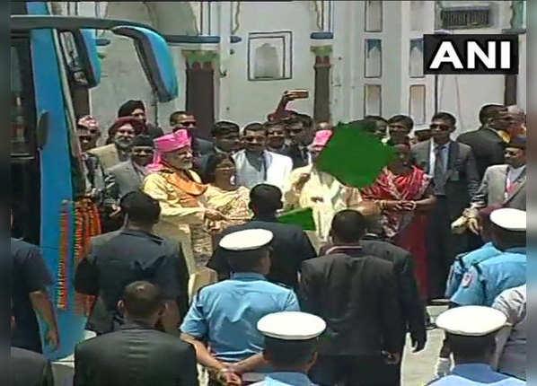 जनकपुर-अयोध्या बस सेवा को हरी झंडी